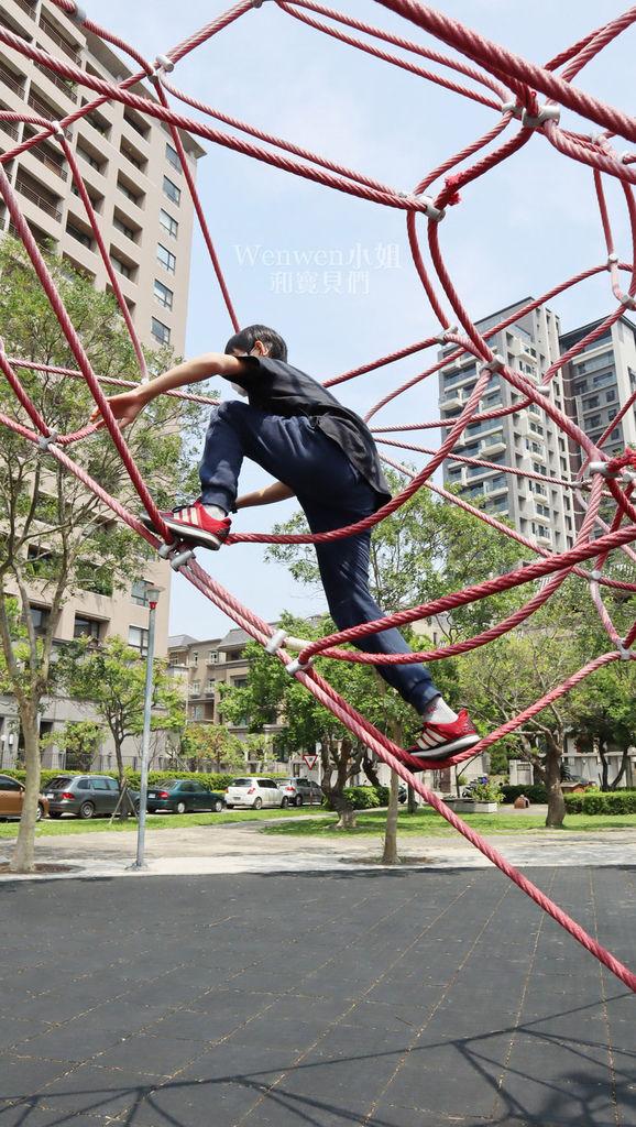 2019.03.31 新竹兒一公園 大型攀爬網 兒童繩索公園 (5).JPG