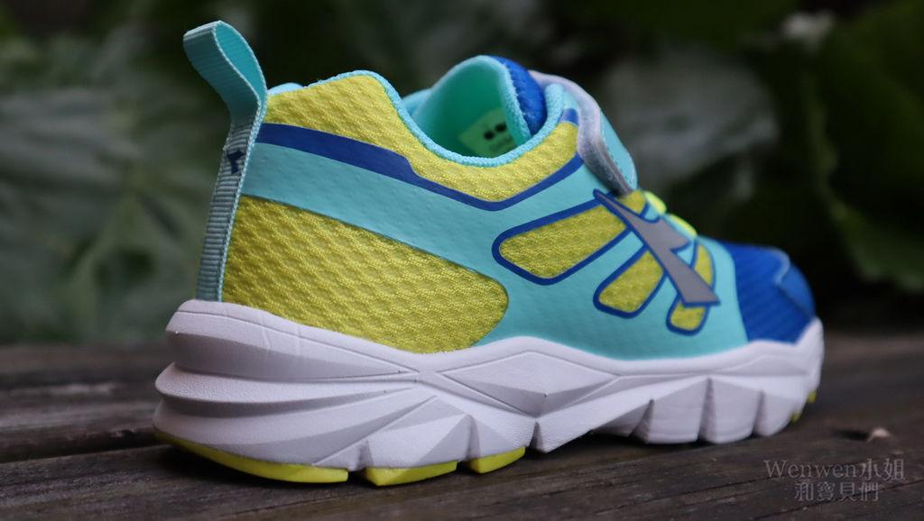2019 義大利童鞋品牌 品牌DIADORA迪亞多那運動鞋 (5).JPG