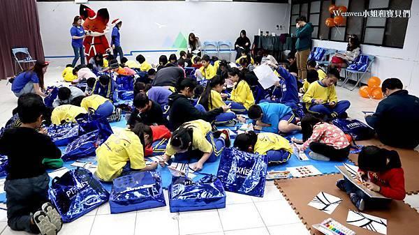 2019.12.24 PIXNET聖誕公益活動 新北市烏來國小 (17).JPG