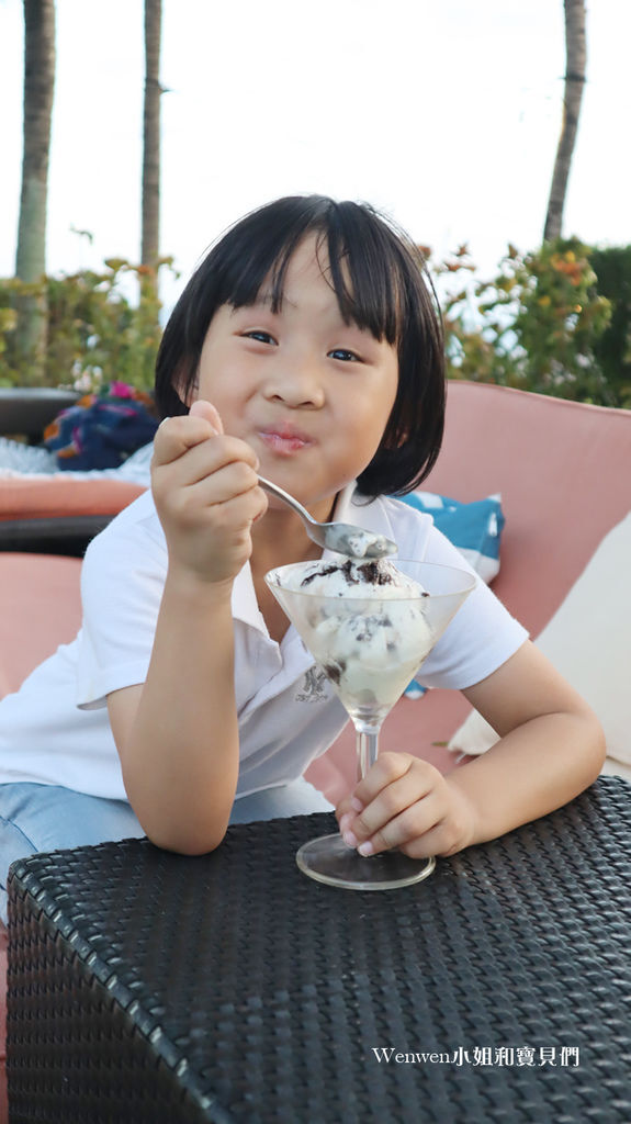 2020 宿霧五星級飯店 crisom hotel 吃冰淇淋.JPG