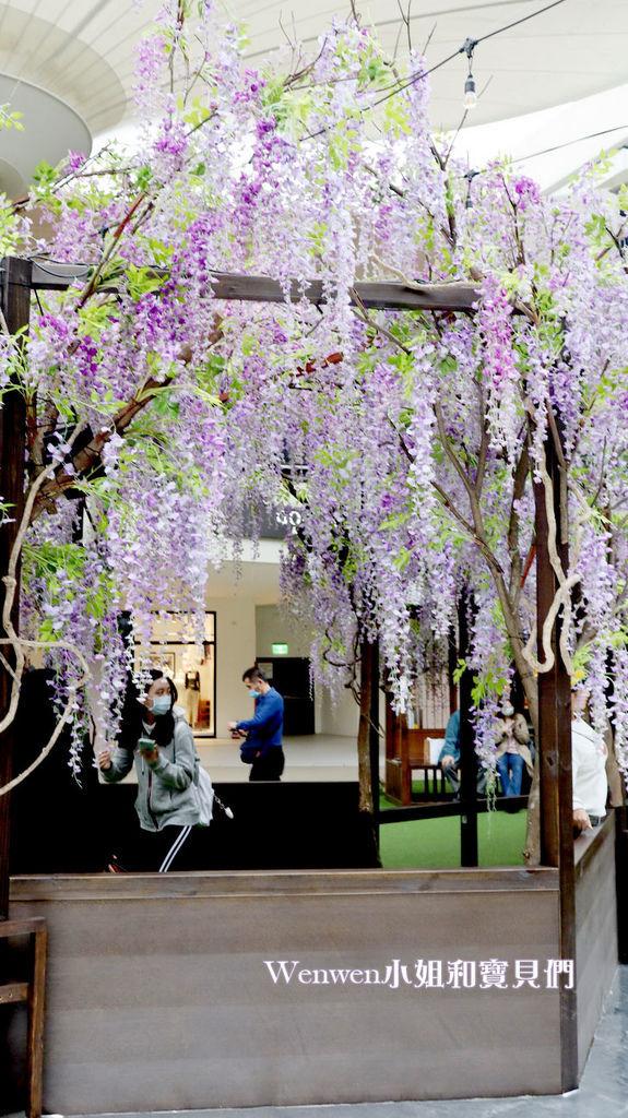 2020.04.05 林口三井outlet mall 紫藤花造景 (6).JPG