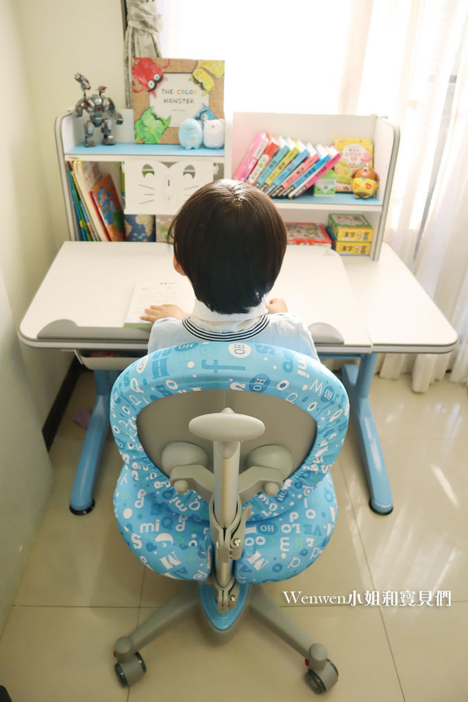 2020.04 小學預備用品 欣美SingBee 兒童成長書桌椅兒童人體工學椅 (21).JPG