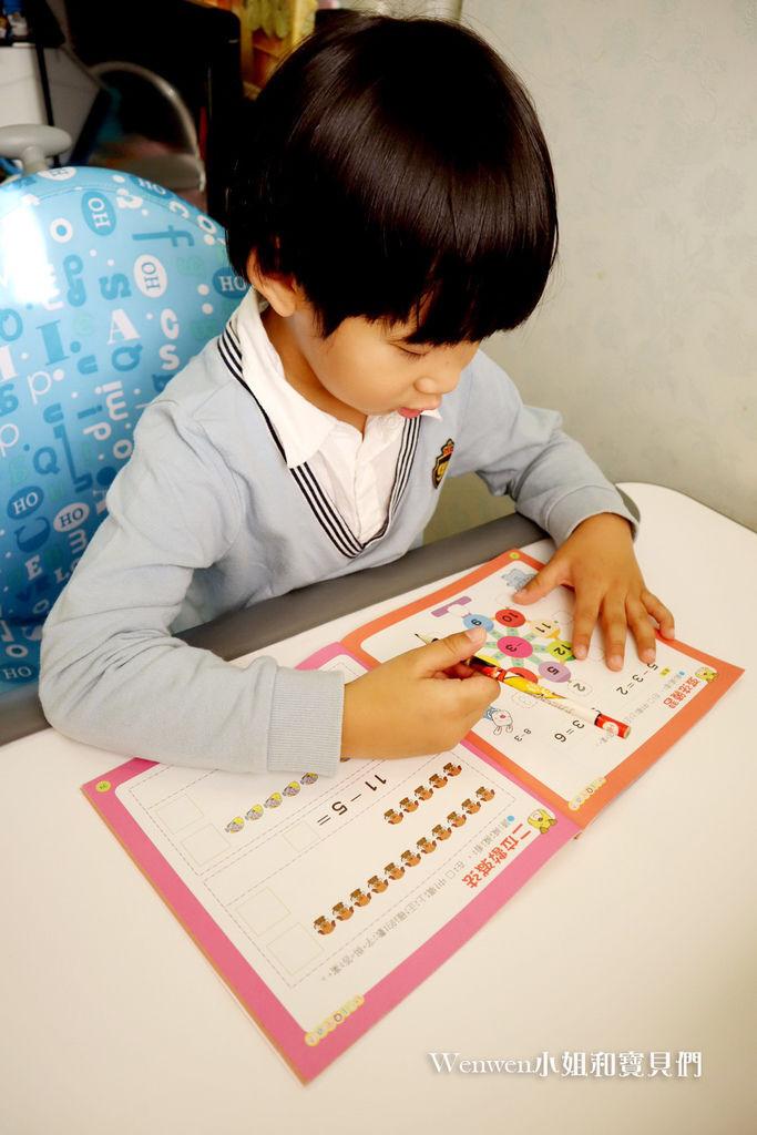 2020.04 小學預備用品 欣美SingBee 兒童成長書桌椅兒童人體工學椅 (23).JPG