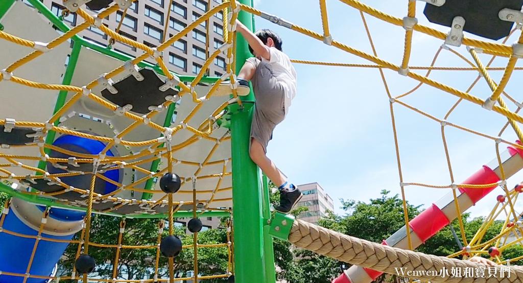 2020 桃園親子景點 台茂公園攀爬網溜滑梯 盪鞦韆 (10).jpg