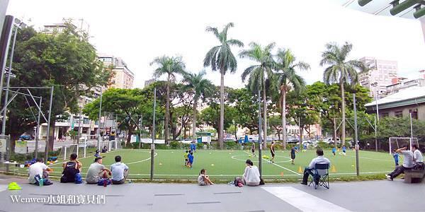 陳信安足球學校 足球夏令營 兒童足球課程(10).jpg