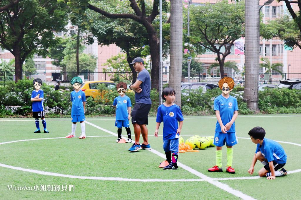 陳信安足球學校 足球夏令營 兒童足球課程(4).jpg