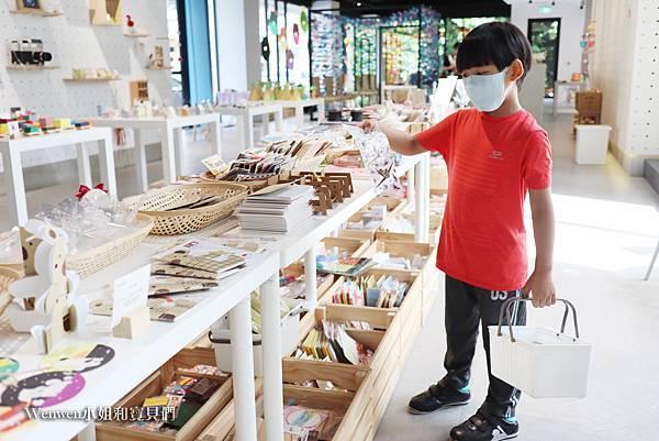 2020.06 台中新景點紙博館Paper Museum 免門票親子景點 (19).JPG