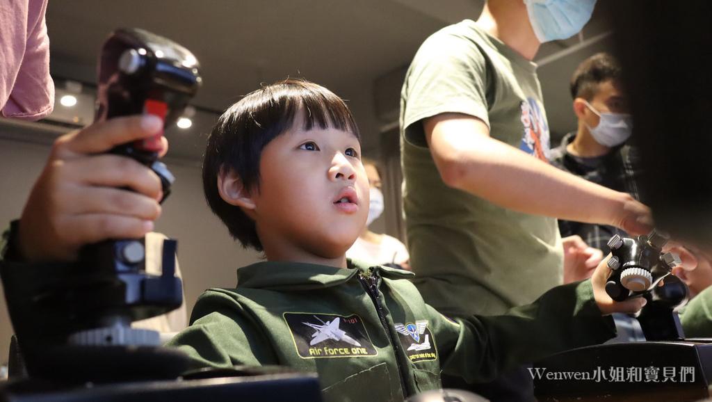 帥氣小小飛行員 F16飛行體驗 (26).JPG