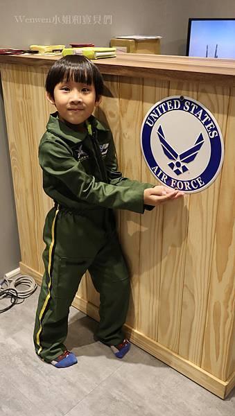 帥氣小小飛行員 F16飛行體驗 (33).JPG