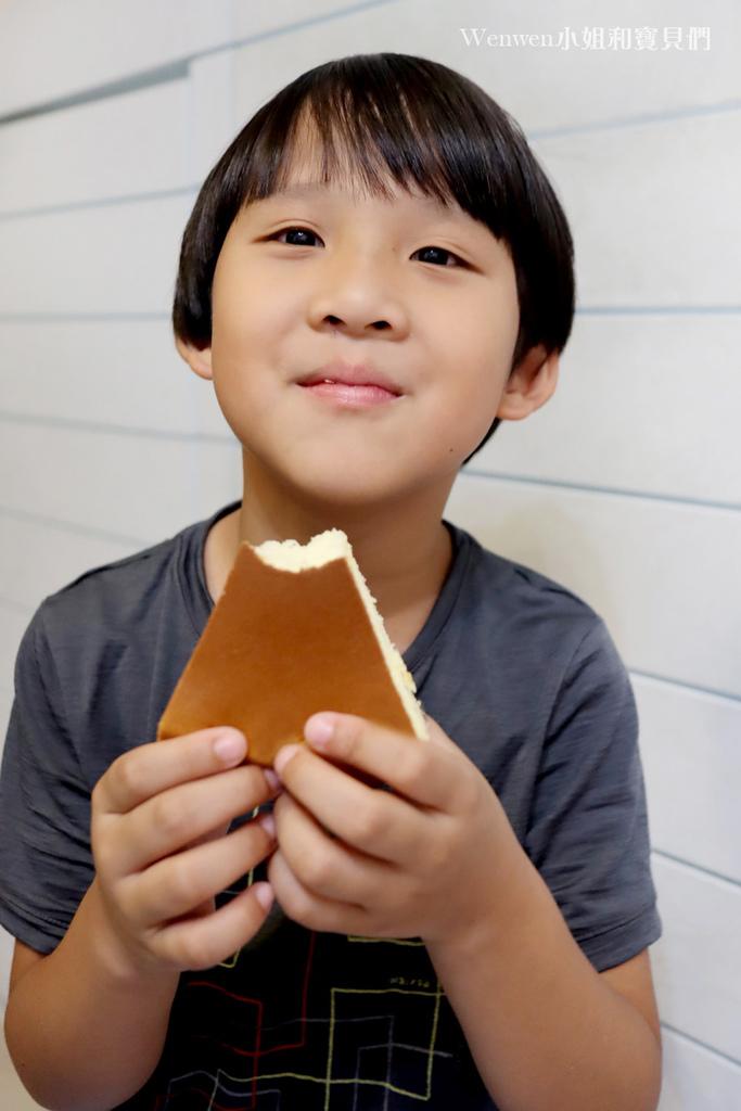電鍋米蛋糕食譜 鍋寶萬用316分離式電鍋 不沾外鍋做蛋糕 (13).JPG