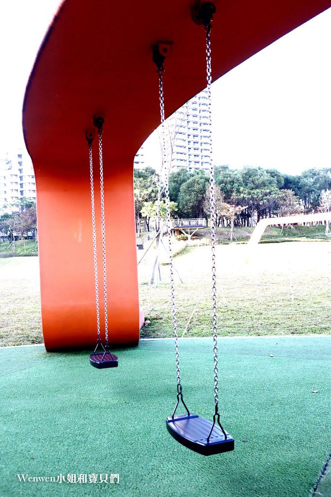 2021.01 桃園特色公園親子景點 風禾公園溜滑梯 (5).JPG