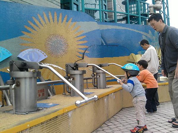 2010.11.14 美崙科學公園 (4).jpg