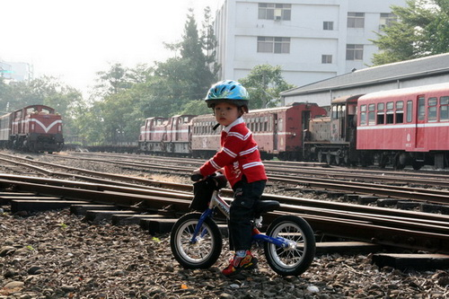 2010.10.30 阿里山鐵路嘉義車庫園區 (12).jpg