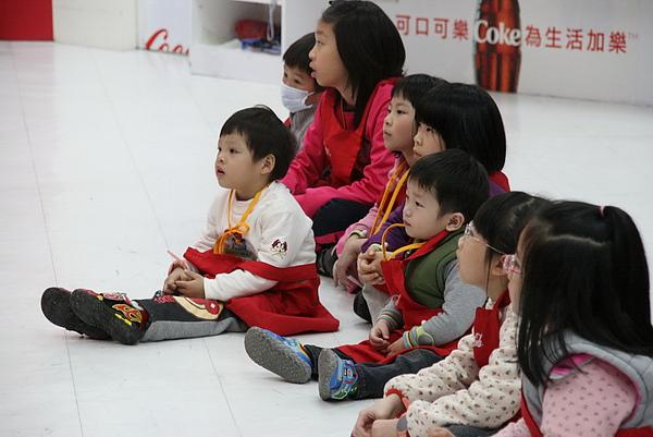 2011.01.12 Baby Boss 職業體驗 s (15).JPG