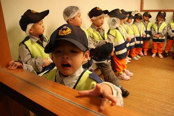 2011.01.12 Baby Boss 職業體驗 s (3).JPG
