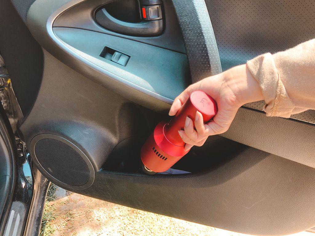【TiDdi】SJ80 紅酒瓶隨手吸塵器|免插電吸塵器推薦 (4).jpg