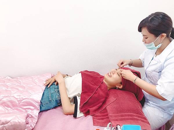 愛妮雅專業美容師