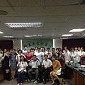 2013_07_02因為台南醫院院內想成立健走的社團,剛好菜配飯 噢,是蔡佩芬營養師是我們社團的跑友,希望能跟社團學習交流。所以團長就地利之便找了我和武略大哥。昨晚為了讓我們三個.jpg