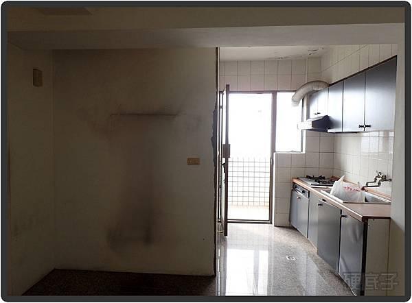 前-廚房.jpg