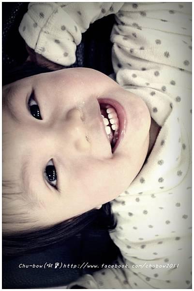 20130221啾寶1y5m長九顆牙齒