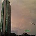 雨後的一抹彩虹