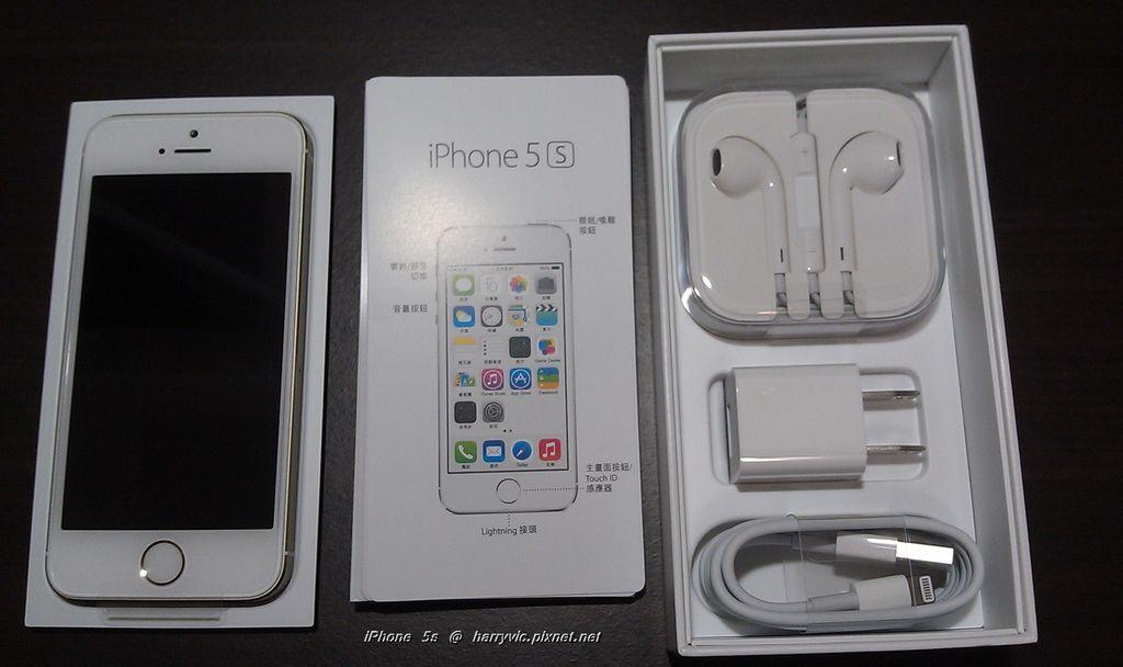 iPhone 5s 內容物