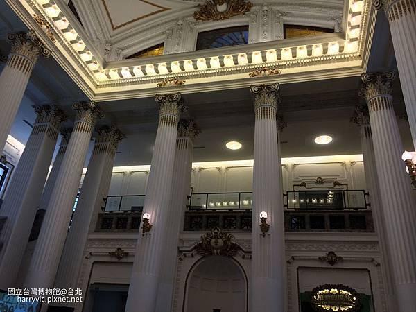台灣博物館大廳