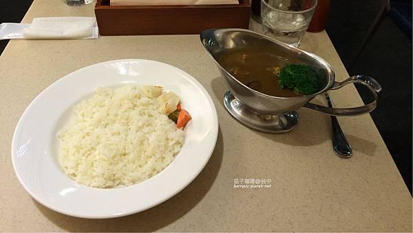蔬菜+豬肉咖哩套餐