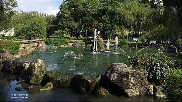 宜蘭大學-景觀中庭