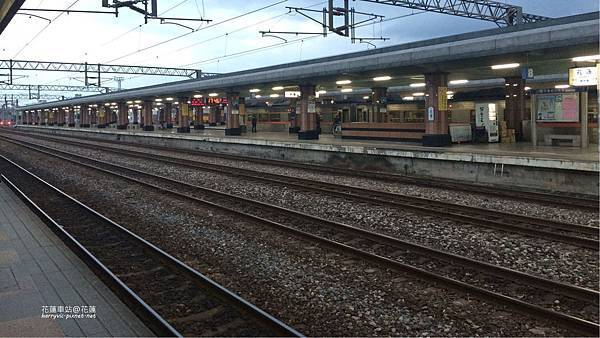 花蓮車站月台