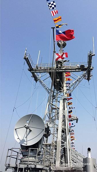 104敦睦遠航支隊-國旗飛揚