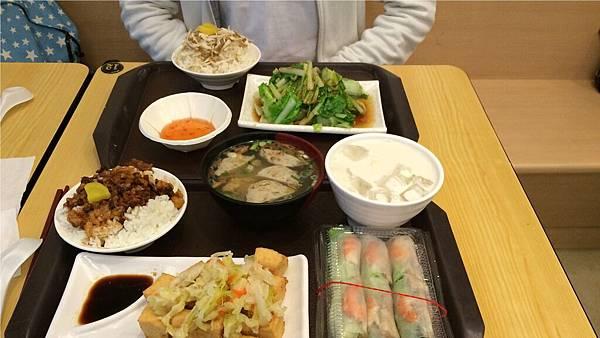 石碇王氏豆腐小吃店午餐