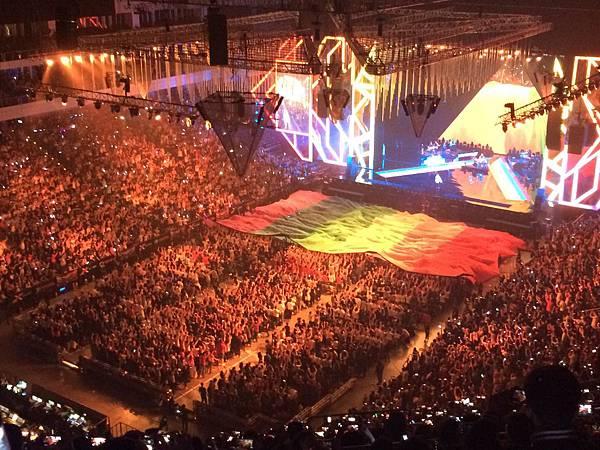 2015烏托邦世界巡城演唱會-小巨蛋-彩虹傳遞1