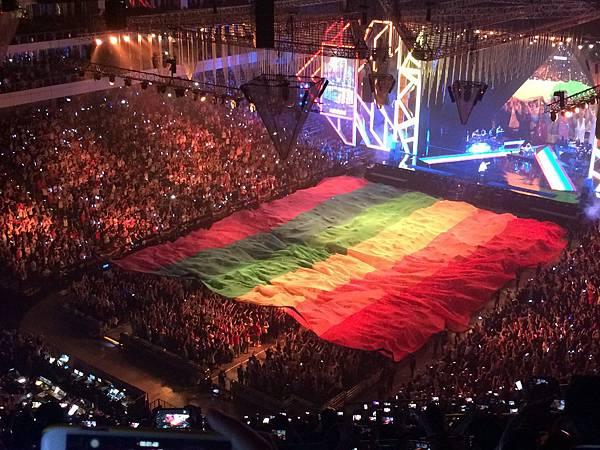 2015烏托邦世界巡城演唱會-小巨蛋-彩虹傳遞3