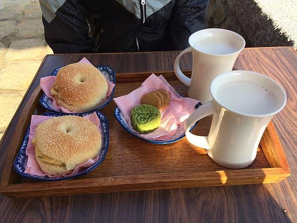 芹壁村早餐