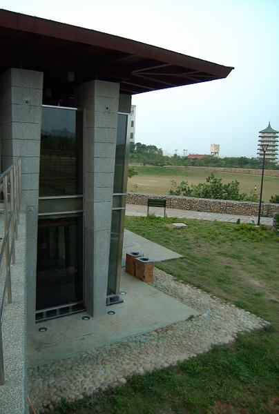 水堀頭公園高級廁所