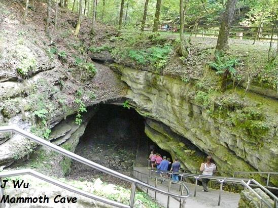 2011 9 2 Mammoth Cave (153).JPG