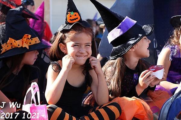 20171021 Norwalk Halloween Parade (115).JPG