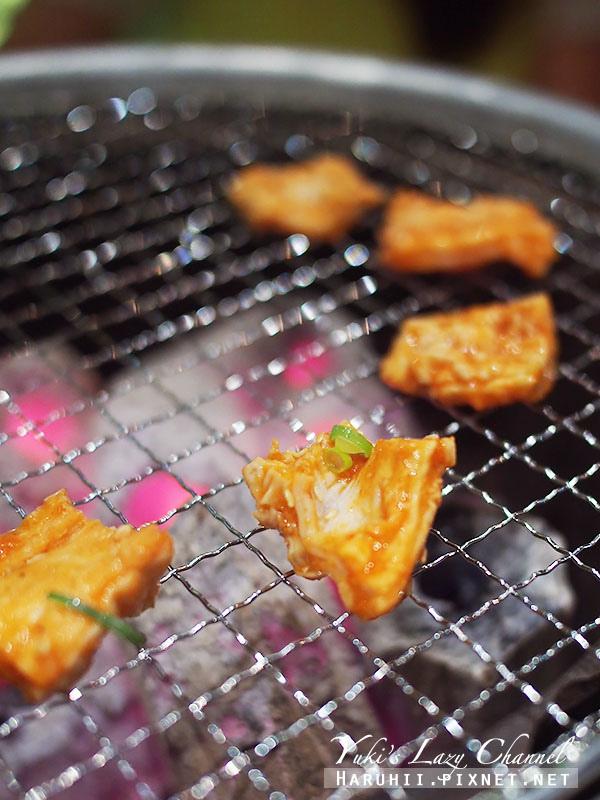 紅酒乾杯燒肉小酒館21