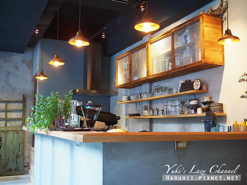 SavourCafe13