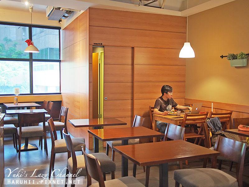 POND BURGER CAFE7