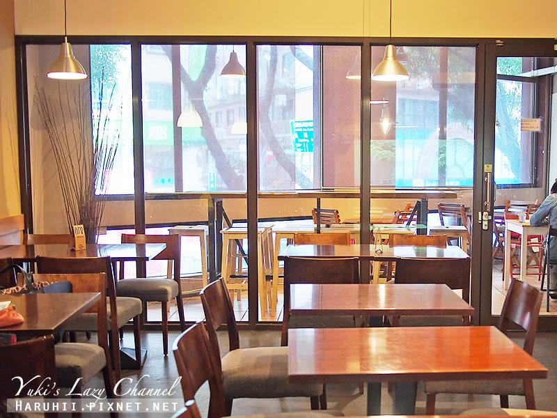 POND BURGER CAFE8