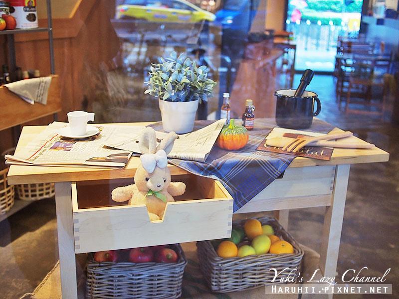 POND BURGER CAFE10