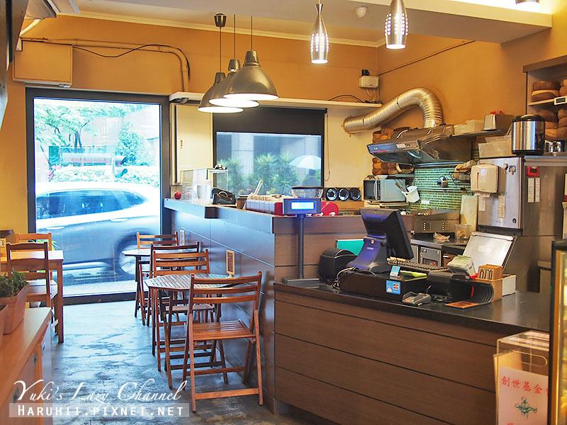 POND BURGER CAFE11