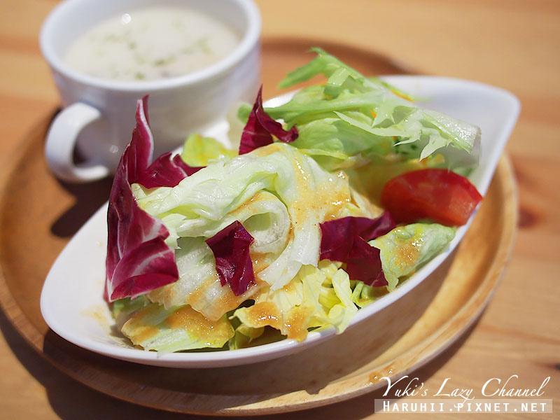 POND BURGER CAFE15