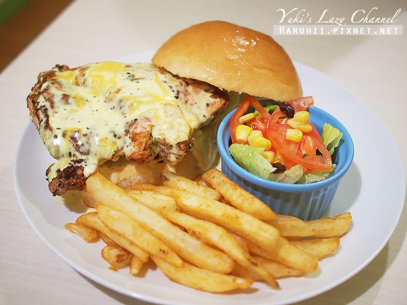 兵工廠美式漢堡小小兵餐廳25
