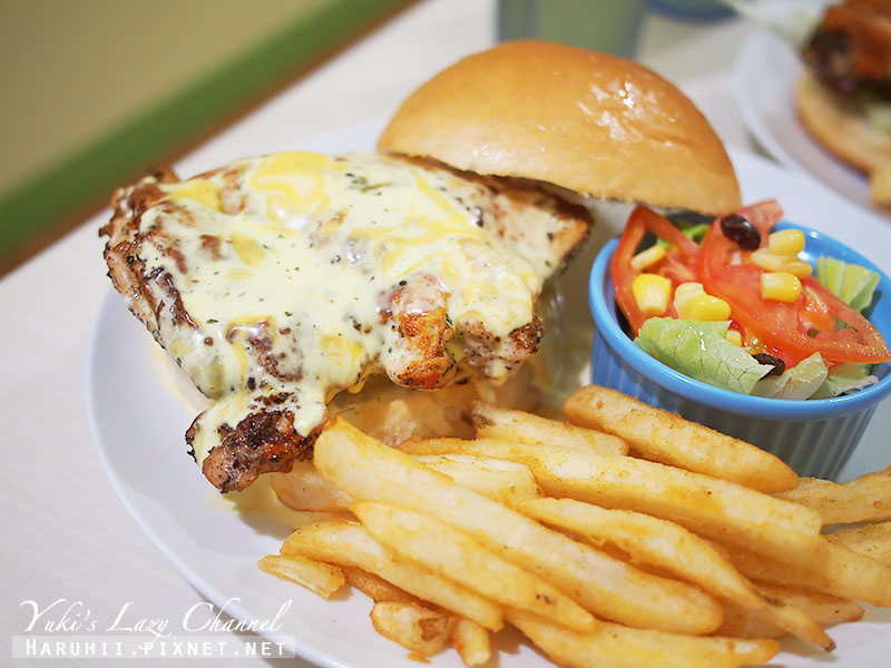 兵工廠美式漢堡小小兵餐廳27