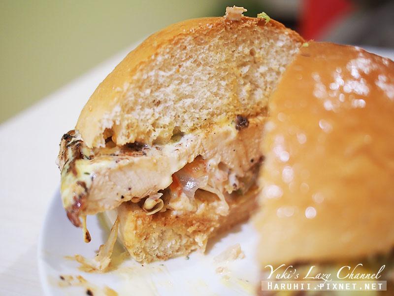 兵工廠美式漢堡小小兵餐廳32