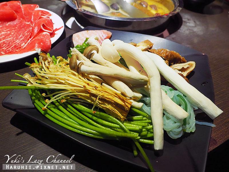 東區美食蒙古紅蒙古火鍋鴛鴦麻辣鍋吃到飽32