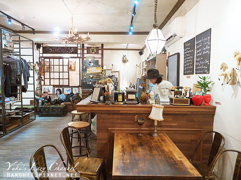 Modern Mode Cafe8